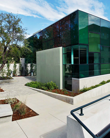 SUSTAINABLE SCIENCE BUILDING
